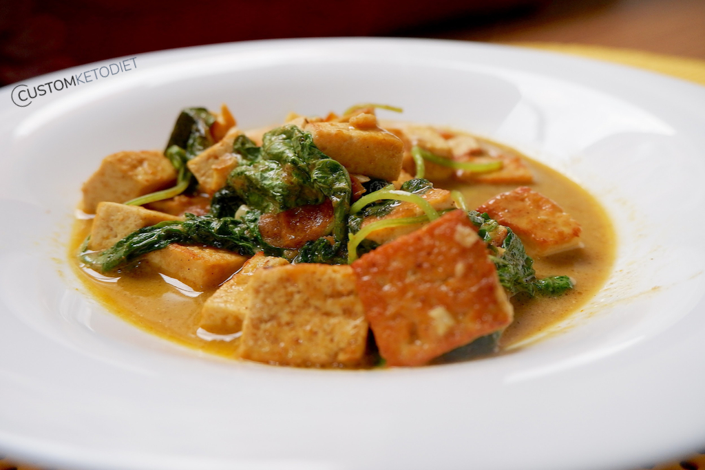 keto diet recipes - Curried tofu with spinach