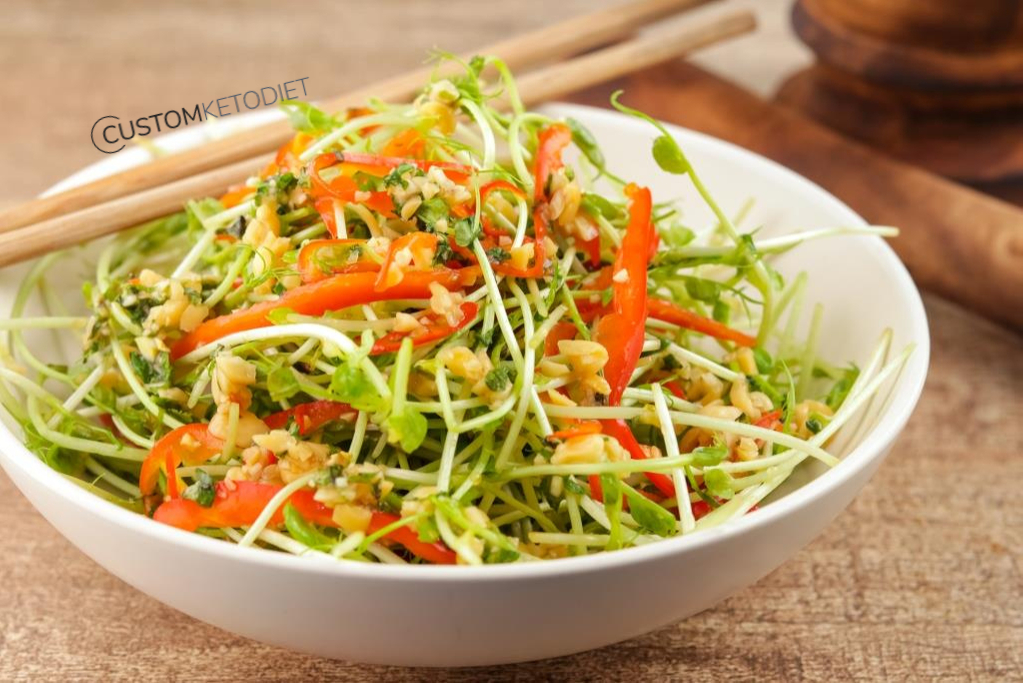 keto diet recipes - Thai style tom yao salad